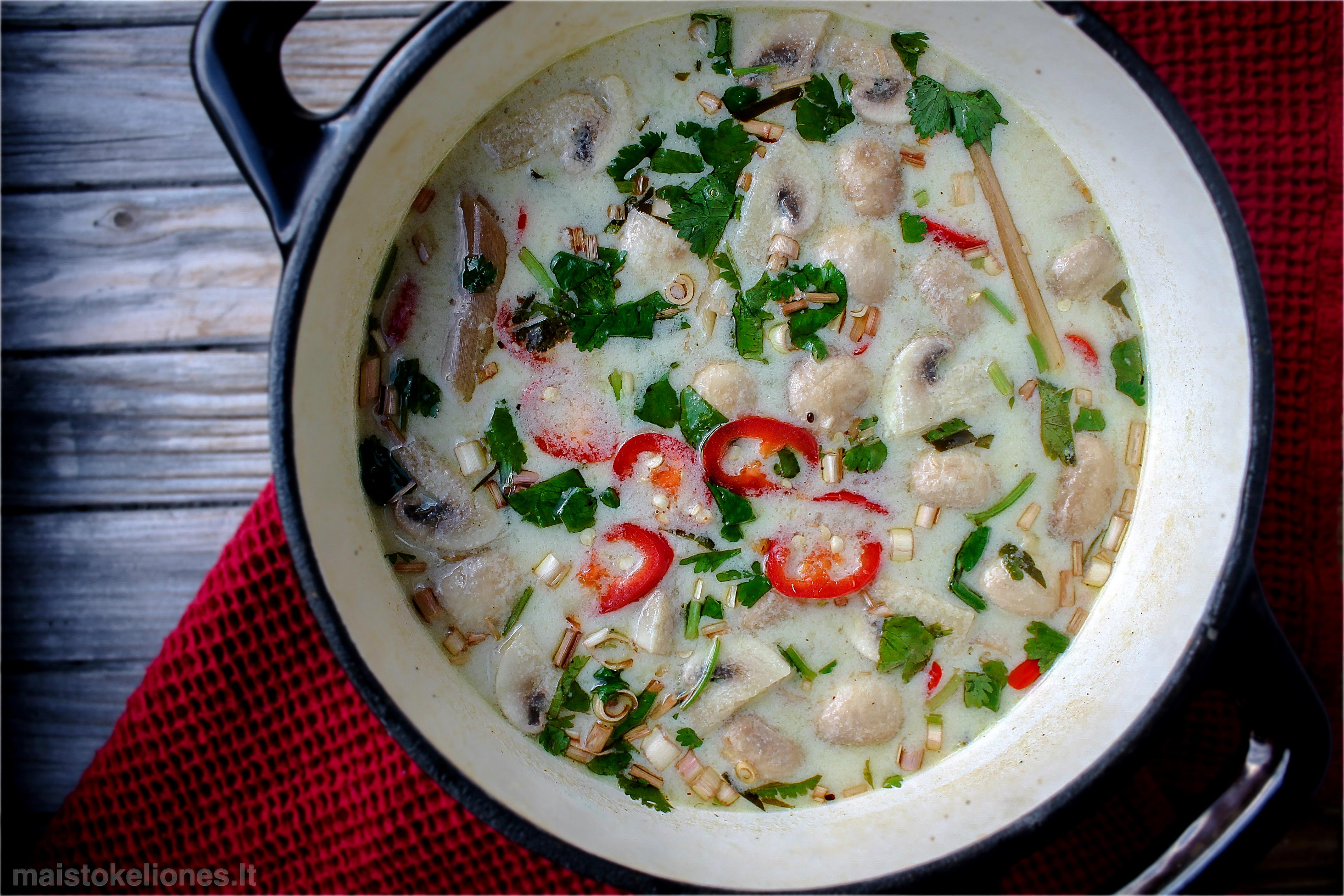 Tom Kha Gai sriuba