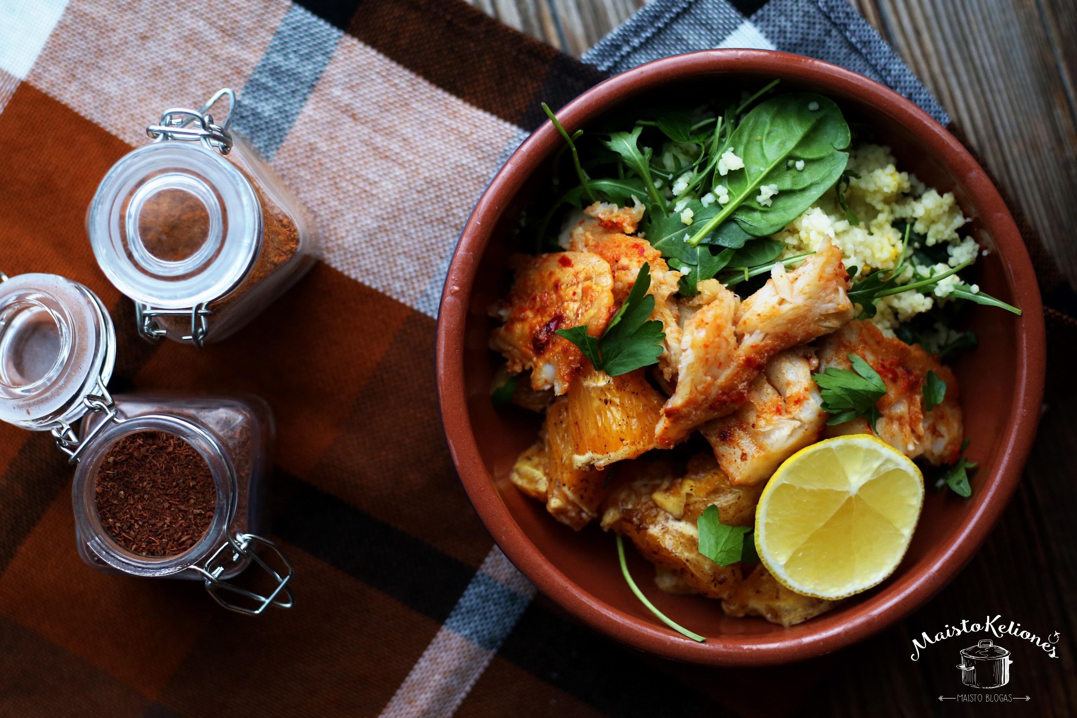 Marokietiškos salotos su žuvimi ir apelsinais