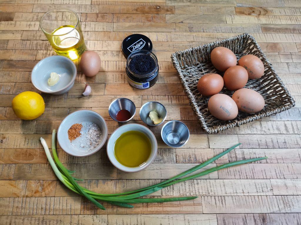 farširuoti kiaušiniai ir ciegorių ikrai