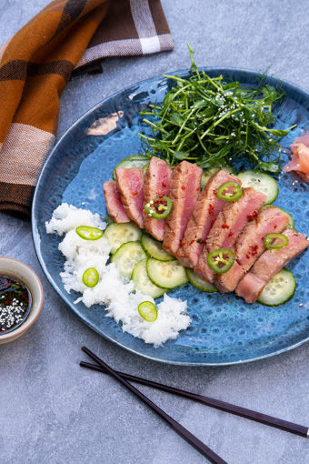 žuvis ant grotelių tunas