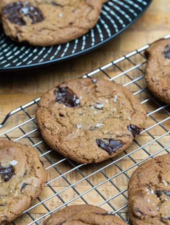 amerikietiški sausainiai su šokoladu ir degintu sviestu